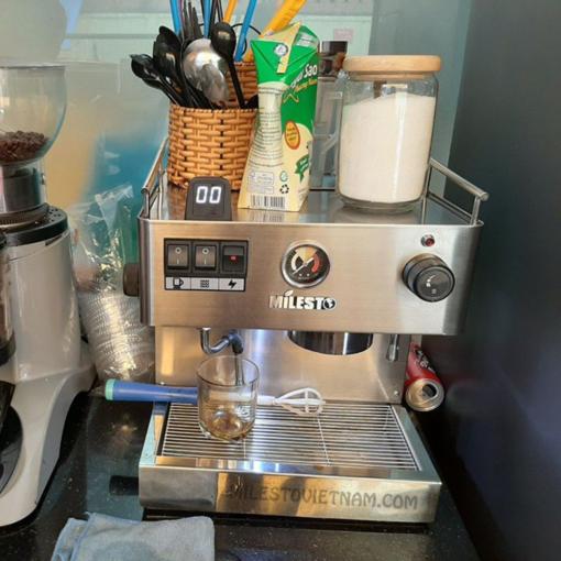 Máy pha cà phê Milesto M18